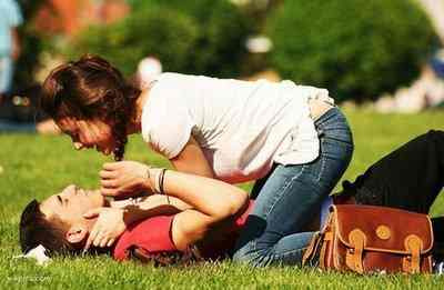 Занимаются любовью парень со своей девушкой фото 384-901