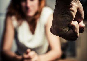 кулак мужчины и женщина
