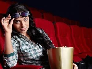 девушка в кино
